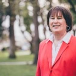 Carolyn Weiss