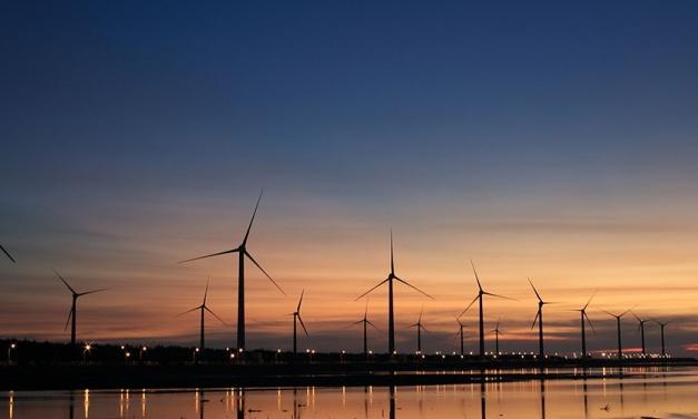 Energy Industry Lighting Pathway to Careers